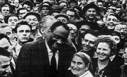 robeson-in-ussr.jpg